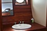 King's Cabin private bath